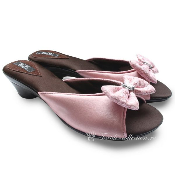 Домашние розовые туфли на каблуке Petit Pas